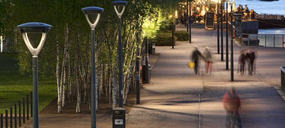 Column mounted luminaires