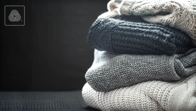 Cares pentru și protejează hainele cu delicatețe care merită