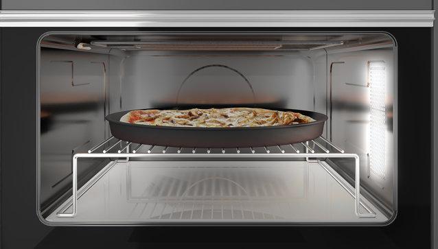 Pizza cu adevărat crocantă, cu ajutorul cuptorului cu microunde