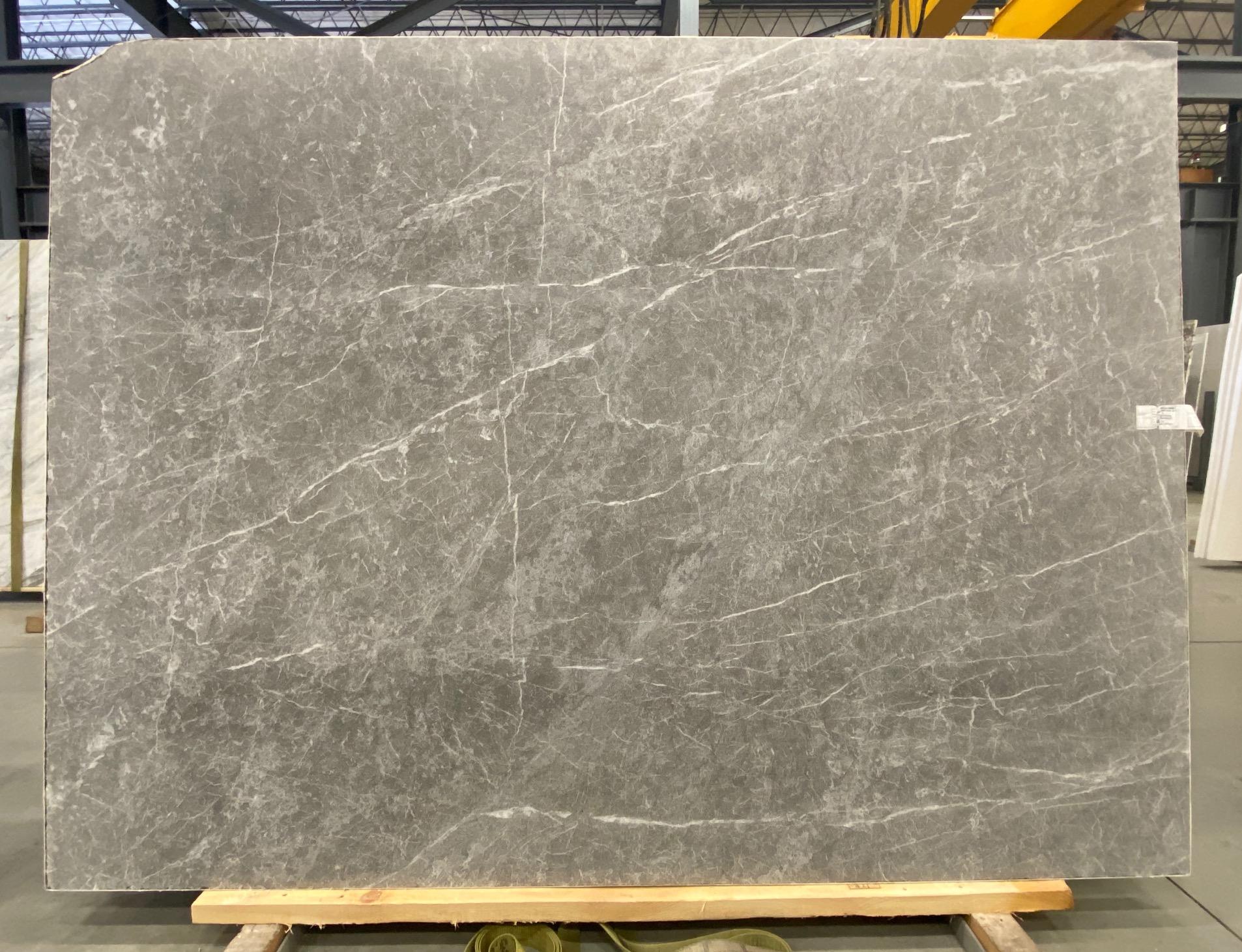 Dark Olive (SB) 1 1/4'' Size: 93'' x 68'' Lot: 21035