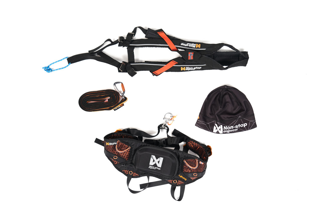 Skiing kit
