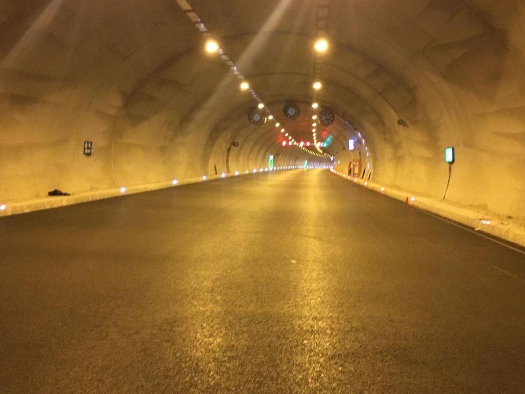 Buruncuk Tunnel