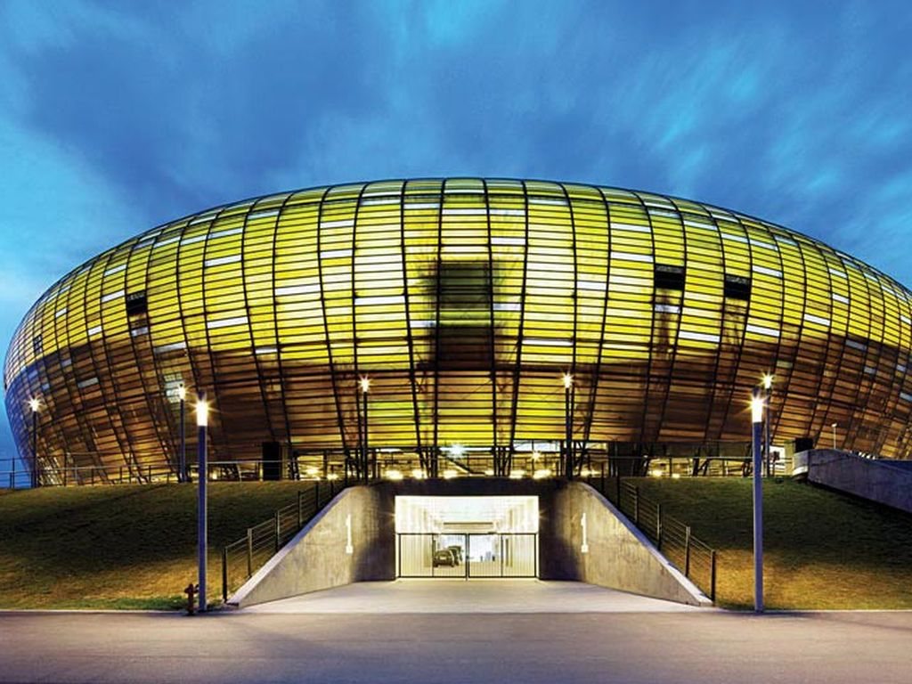 Baltic Arena Stadı