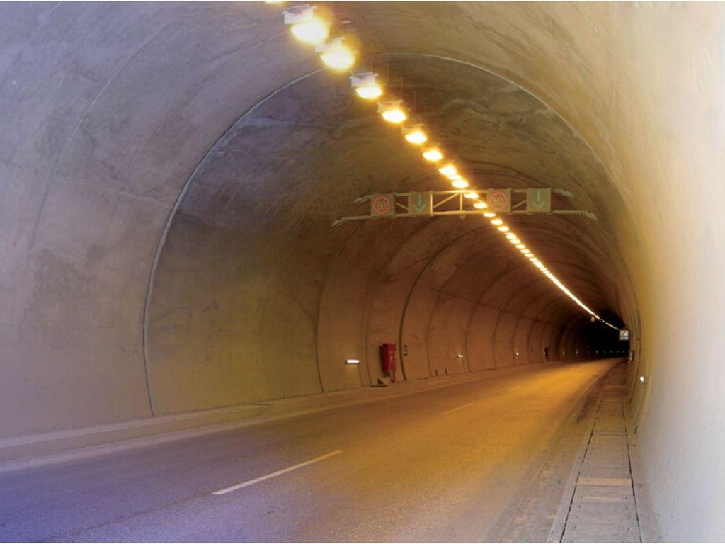 Kuzgunkıran Tünelleri