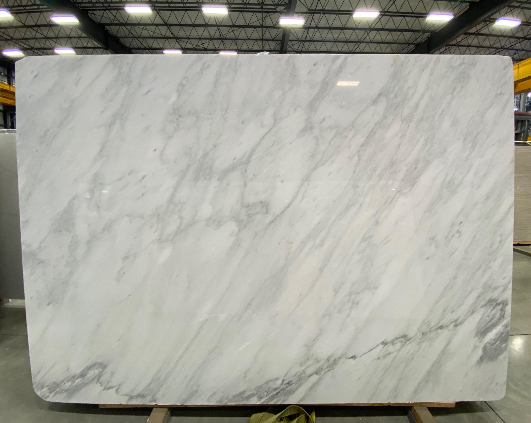Carrara Bella (P) 3/4'' Size: 106'' x 75'' Lot: 21023
