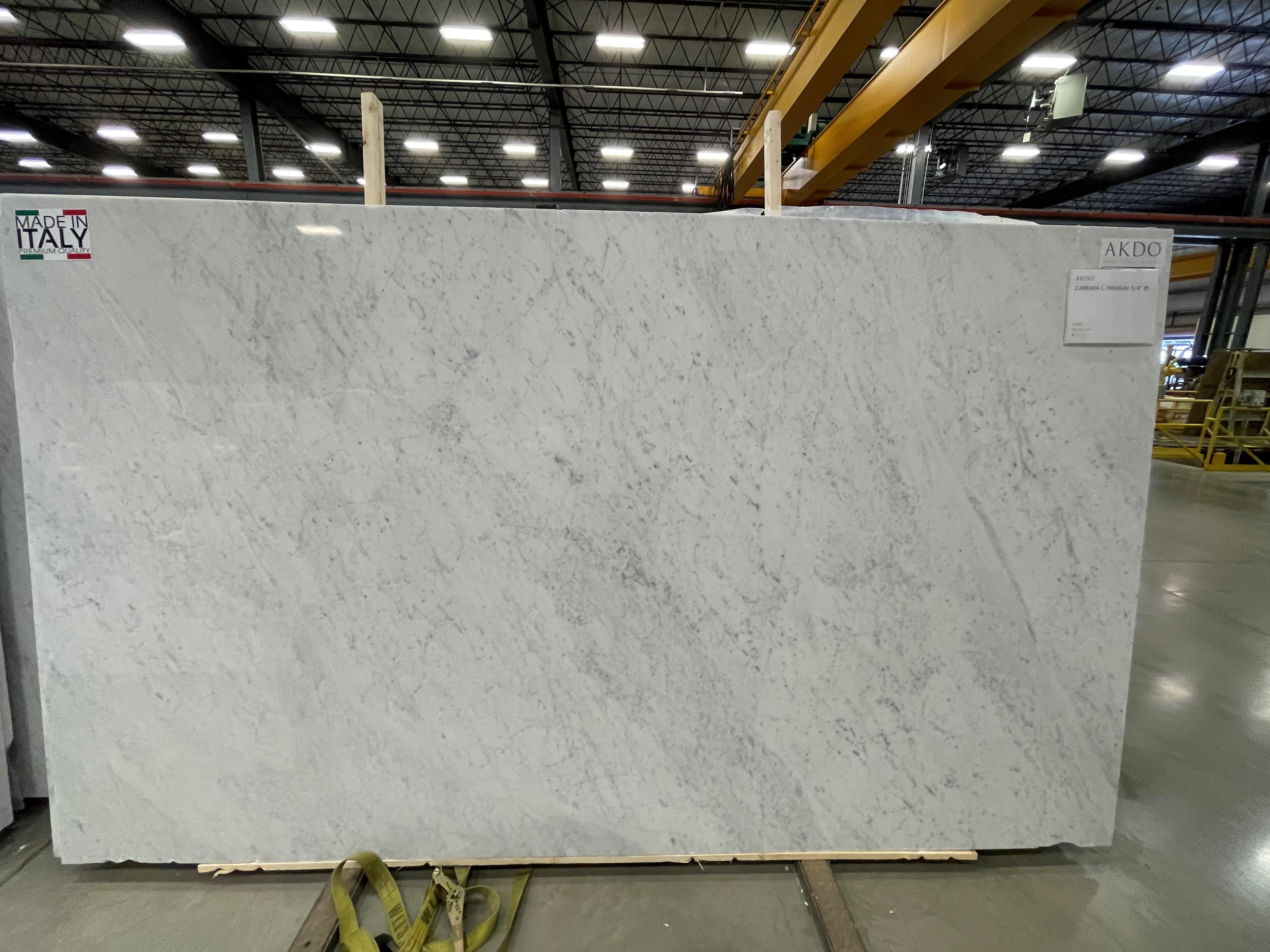 Carrara Supreme (P) 3/4'' Size: 130'' x 78'' Lot: 21016