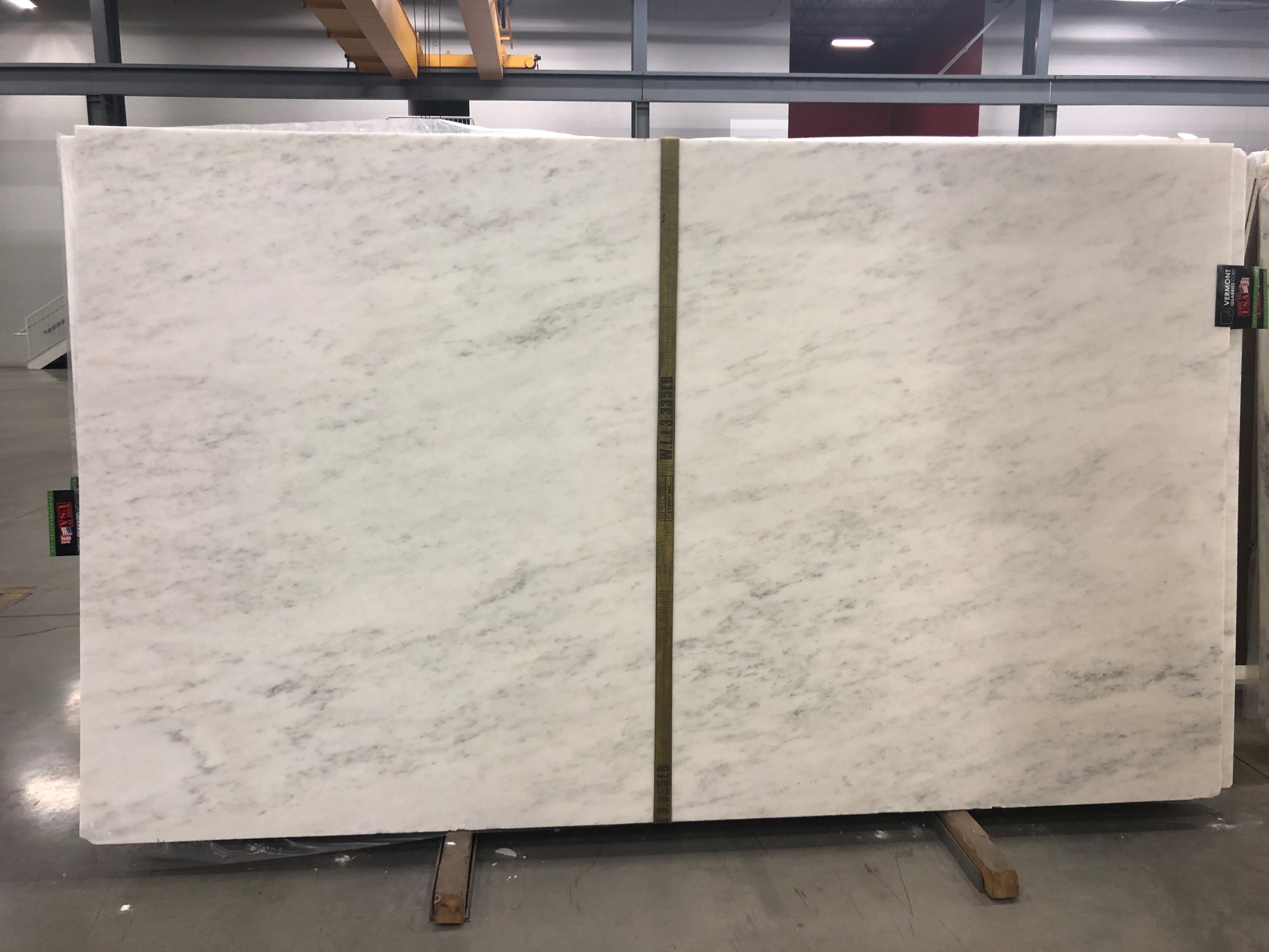 Olympia White Selection (H) 1-1/4'' Size: 125'' x 74'' Lot: 26828