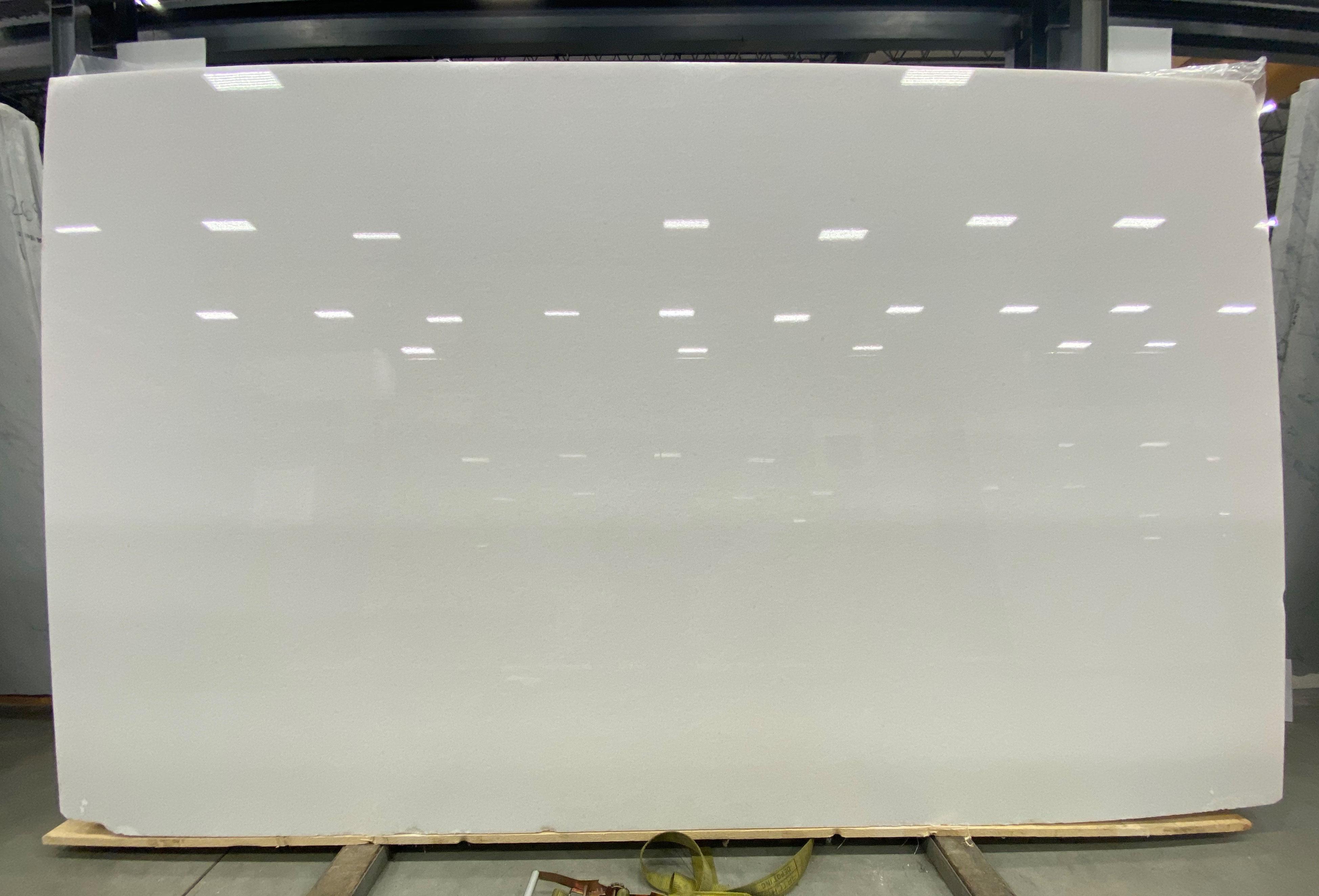 White Lily 1-1/4 P Size: 120'' x 60'' Lot: 20164